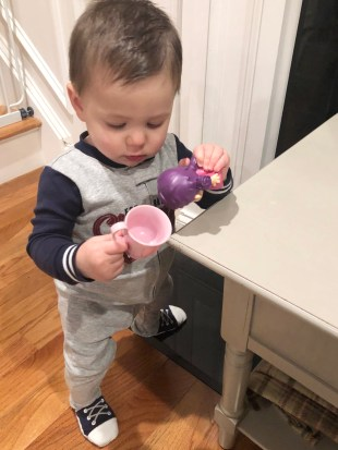 Looking for tips and activities on how to teach baby or toddler to walk? Here are several ways to help your infant or toddler get on the move quickly by strengthening their legs and trunk muscles for improved gross motor skill milestones.