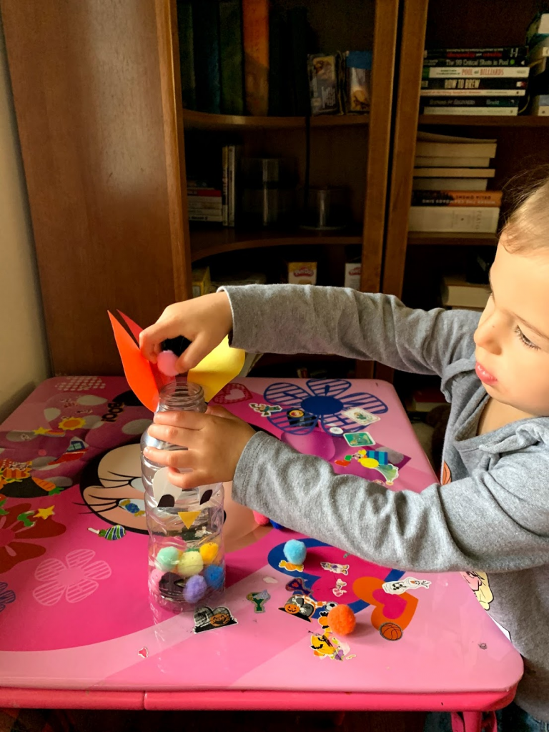 Try this Feed the Turkey Thanksgiving game to work on fine motor skills with your toddlers or preschoolers with simple household materials