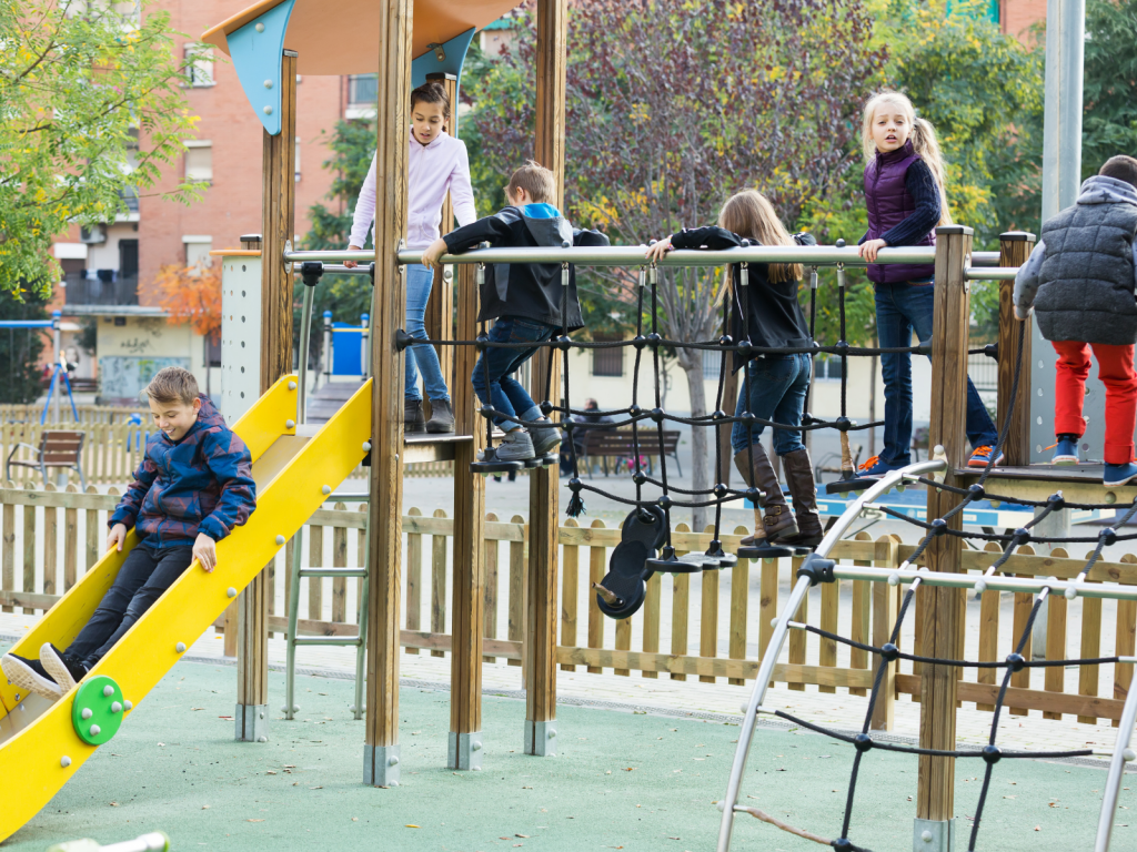 There's a variety of benefits of outdoor play for children's development, including play, language, physical, cognitive, & brain development. If you're looking to understand how does outdoor play help child's development, the answers are right here. Outdoor play for toddlers, preschoolers, and young kids should be offered all of the time regardless of weather or climate too!